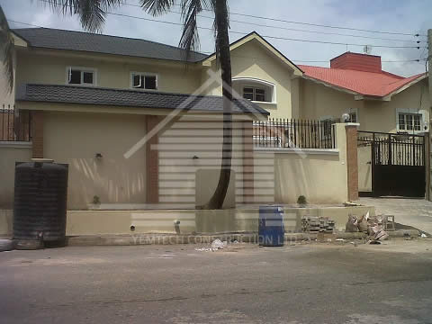 http://www.yemtechconstruction.com/wp-content/uploads/2015/05/Babington-Ashaye-Street-Omole-Phase-1-a.jpg